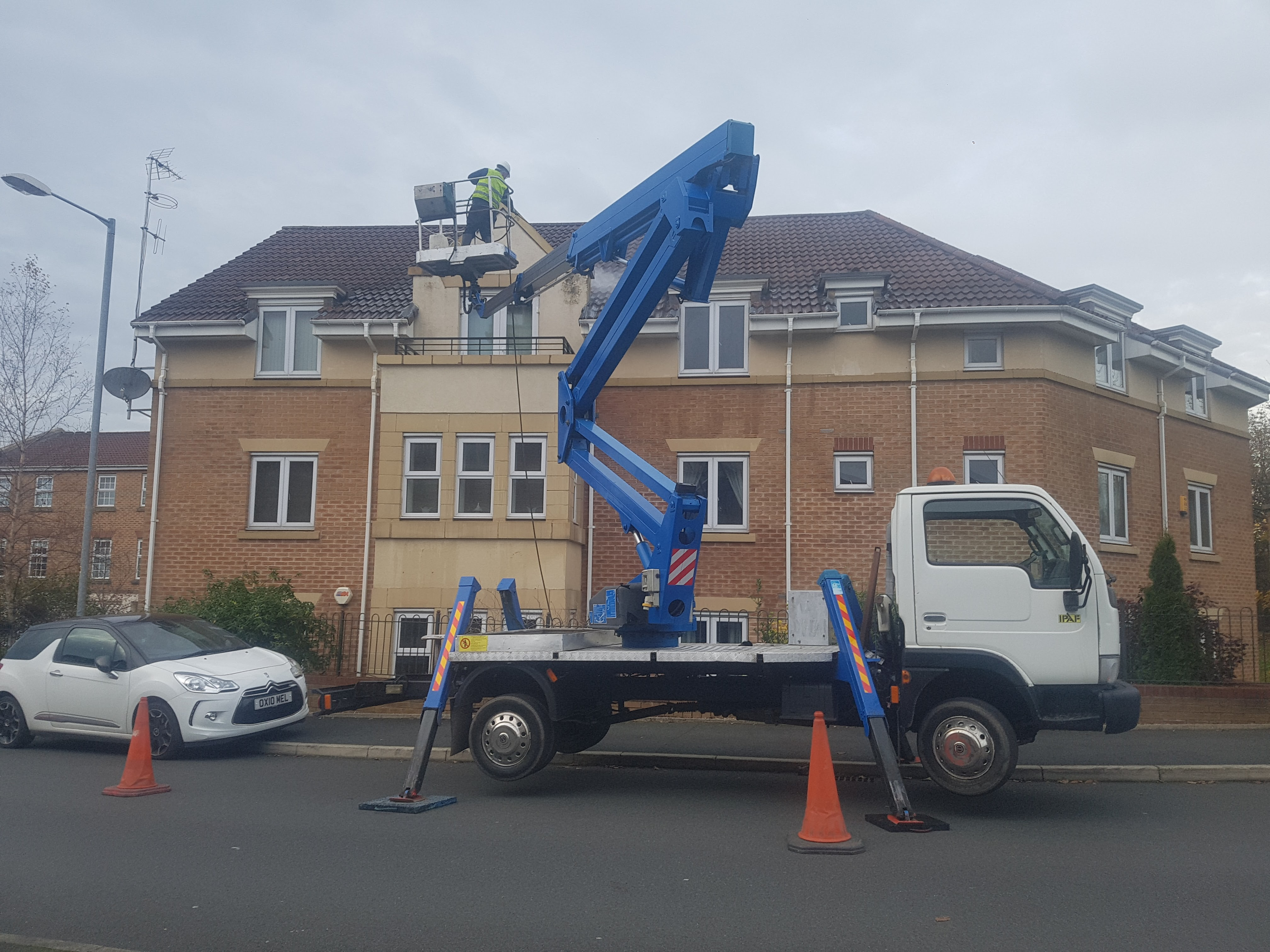 Cherry picker hire Wigan