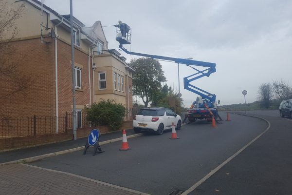Cherry picker hire building cleaning